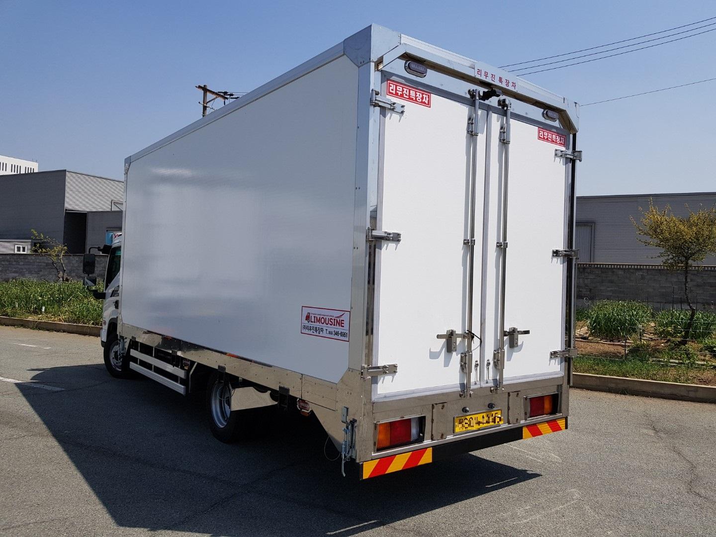 3.5톤 냉동걸바디 3.jpg