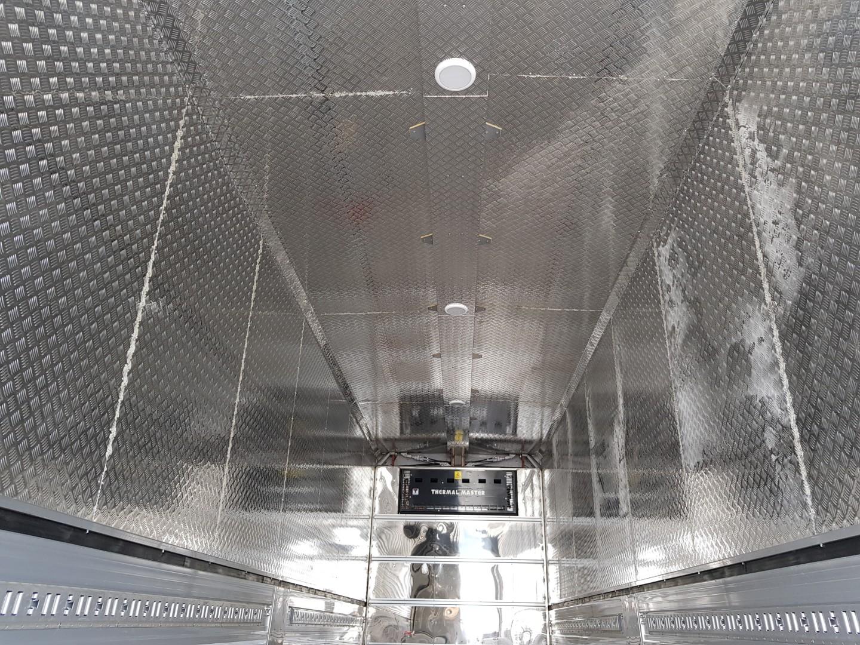 만트럭 올스텐 냉동 윙바디 (3).jpg